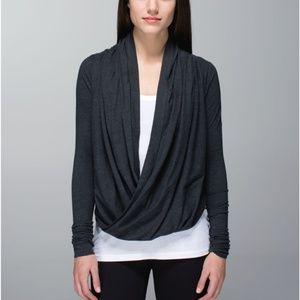 Lululemon Iconic Wrap Size 6- Heathered Black